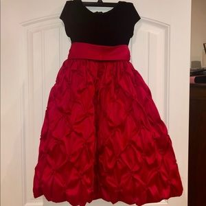 Beautiful Red and Black Formal Dress Size 8